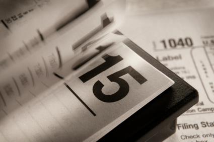 How to minimize taxes on non qualified stock options